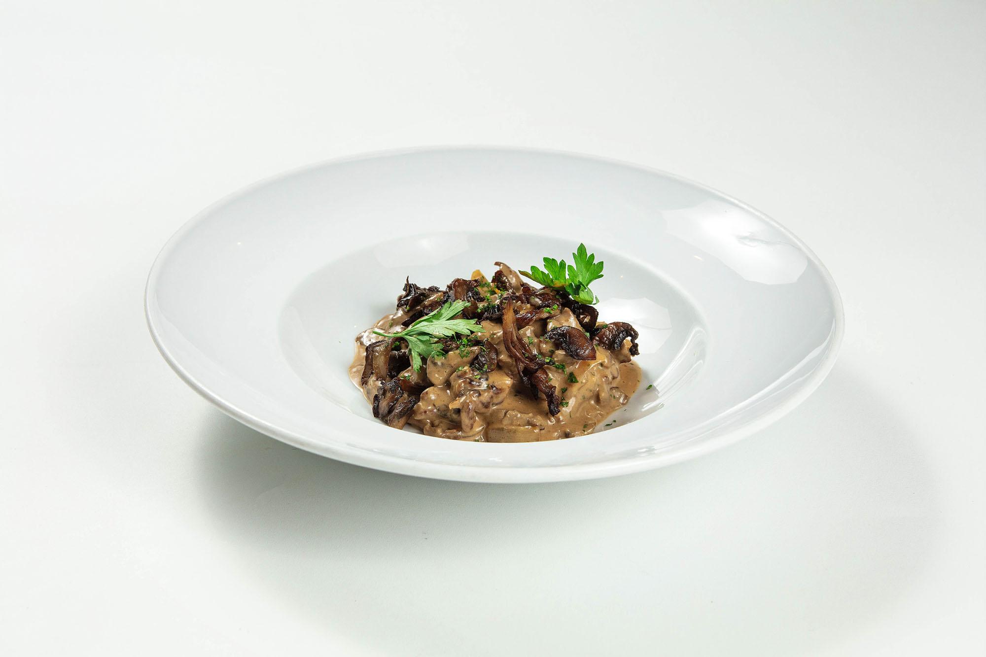 Strogonoff de filé mignon e cogumelos grelhados (180gr)