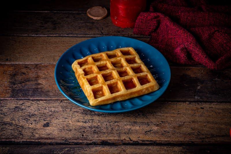 Waffle de verdade, vai bem com geleia, mel, melado, sorvete e muitas outras doçuras