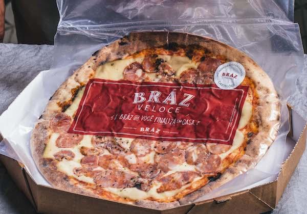 Pizza Bráz Castelões, mussarela com calabresa artesanal feita exclusivamente para a Famosa Pizzaria Bráz